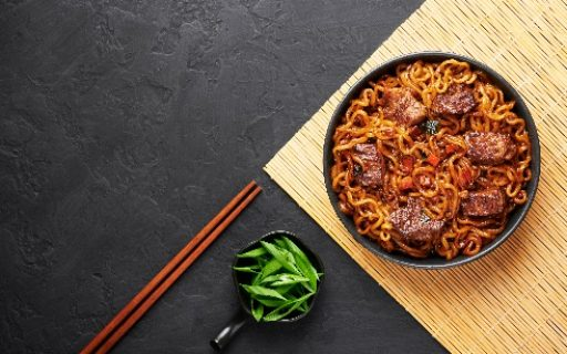 BEEF STIR FRY AND NOODLES